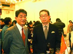 左:原田日本旅行本部長 右:織田専務理事