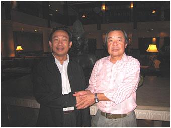 ヒュー代表と森理事長(ダナン・フラマーリゾートにて)