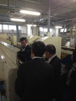 平川社長の案内で工場見学